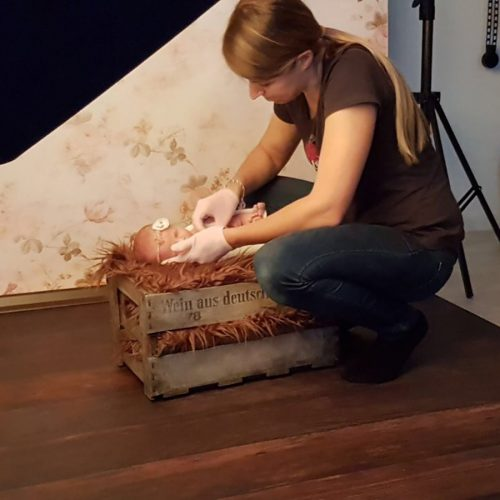 Making of - Newborn Shooting Weinkiste